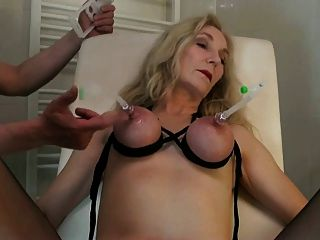 Hot women squirting cum